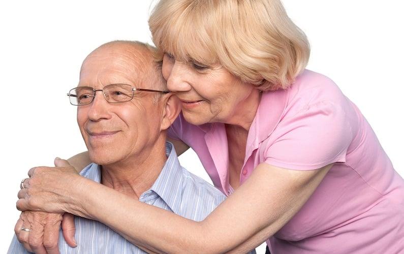 Coppia di anziani con Alzheimer