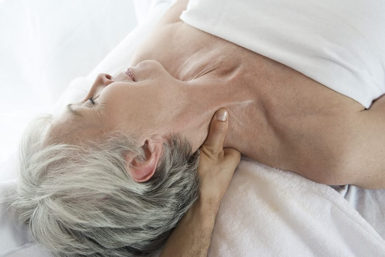 Un massaggio al collo