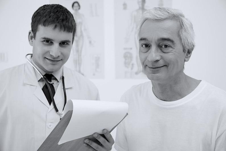 Medico e paziente con andropausa